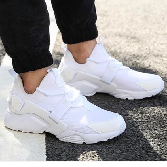 0691e76ef7 Nike Shoes | Air Huarache City Low Sneakers | Poshmark